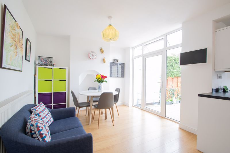 3 bed house for sale in Lyttleton Avenue  - Property Image 5