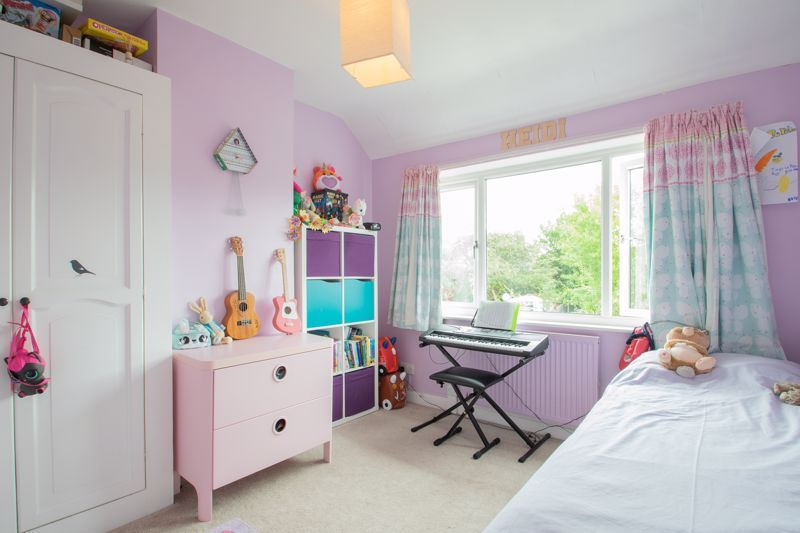3 bed house for sale in Lyttleton Avenue 7