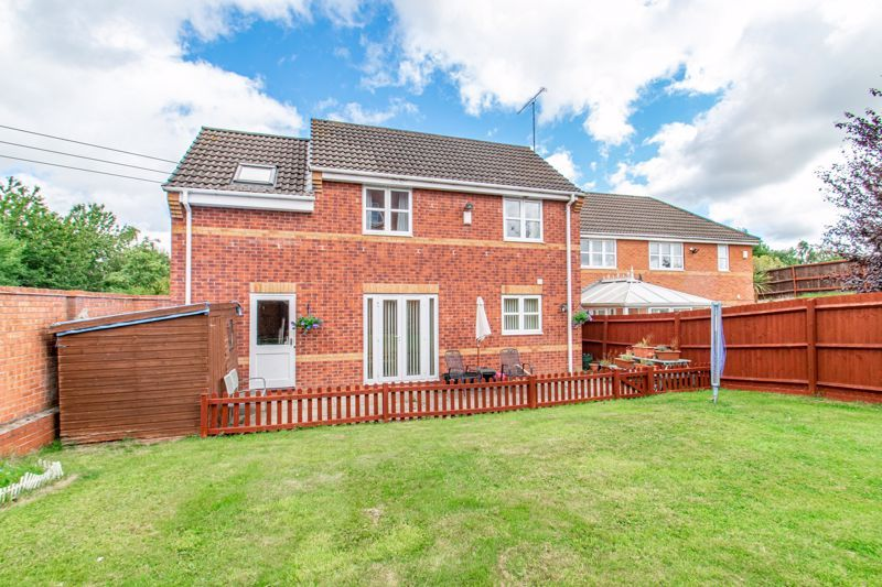 4 bed house for sale in Parklands Close  - Property Image 13