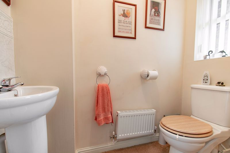 4 bed house for sale in Parklands Close  - Property Image 15