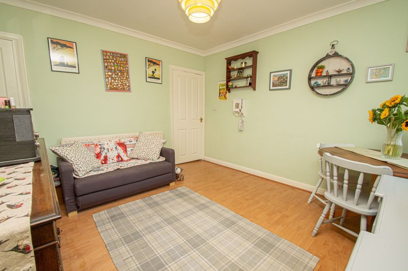 2 bed house for sale in Oak Park Road  - Property Image 4