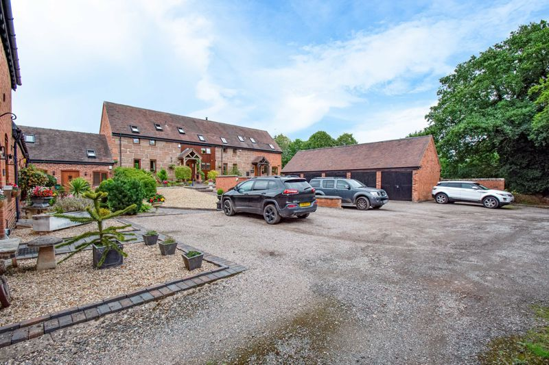 2 bed  for sale in Pikes Pool Lane  - Property Image 16