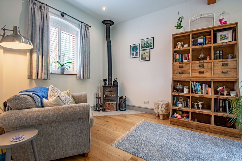 2 bed  for sale in Pikes Pool Lane 20