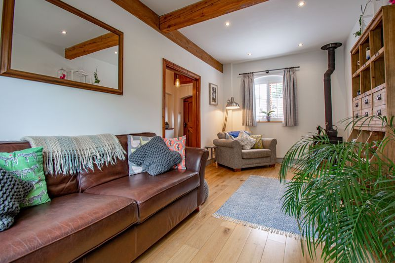 2 bed  for sale in Pikes Pool Lane  - Property Image 3