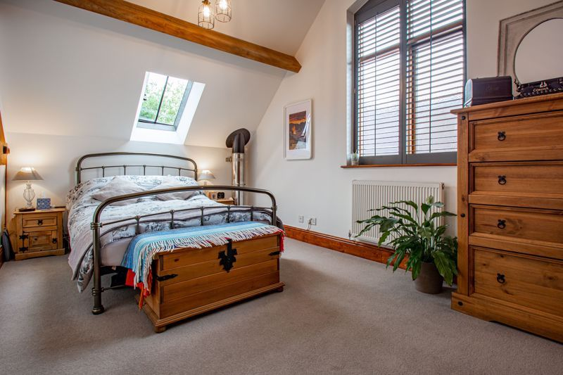 2 bed  for sale in Pikes Pool Lane  - Property Image 5