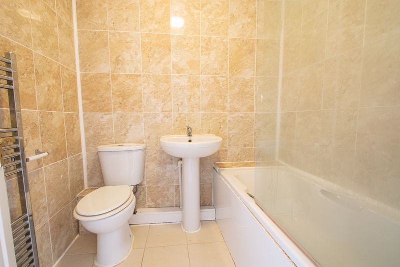 2 bed house for sale in Clifton Road  - Property Image 11