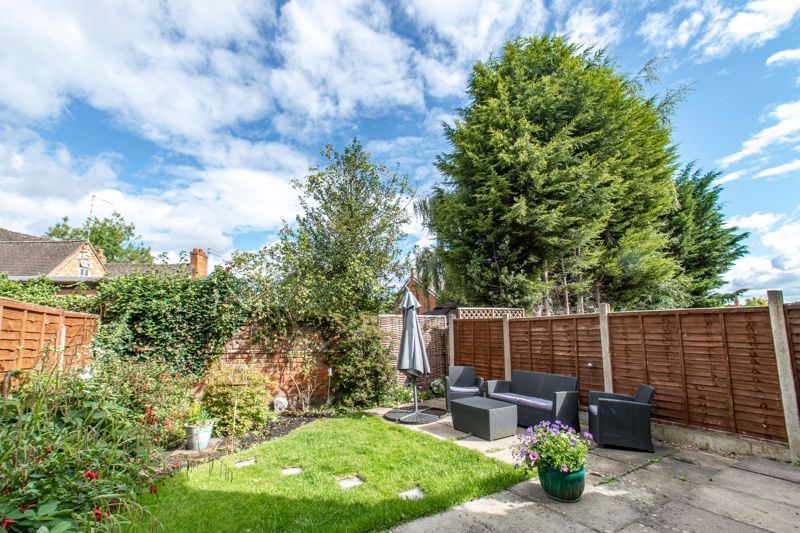 3 bed house for sale in Albury Road 13