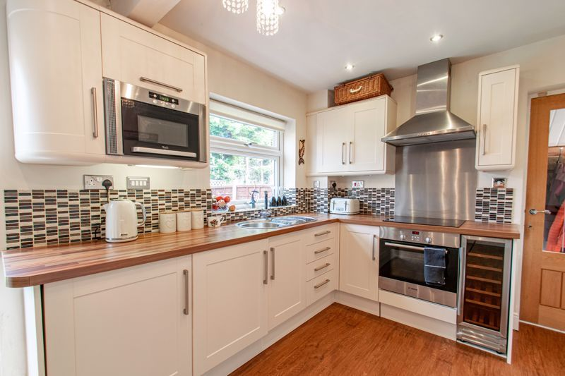 3 bed house for sale in Albury Road  - Property Image 3