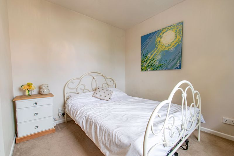 3 bed house for sale in Albury Road  - Property Image 9