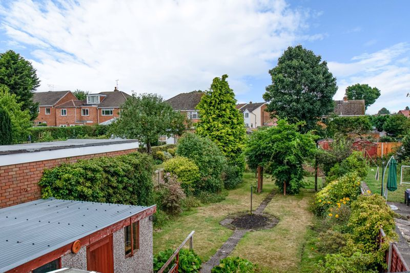3 bed house for sale in Park Road West 11