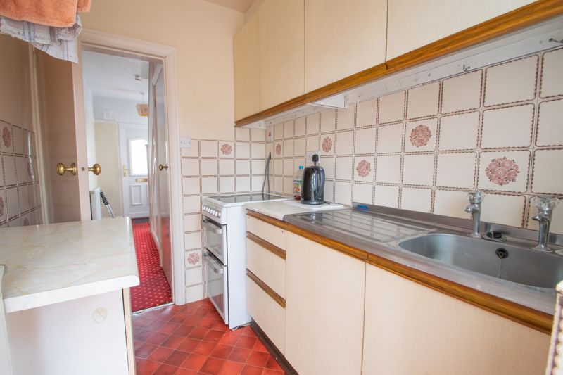 3 bed house for sale in Park Road West 6