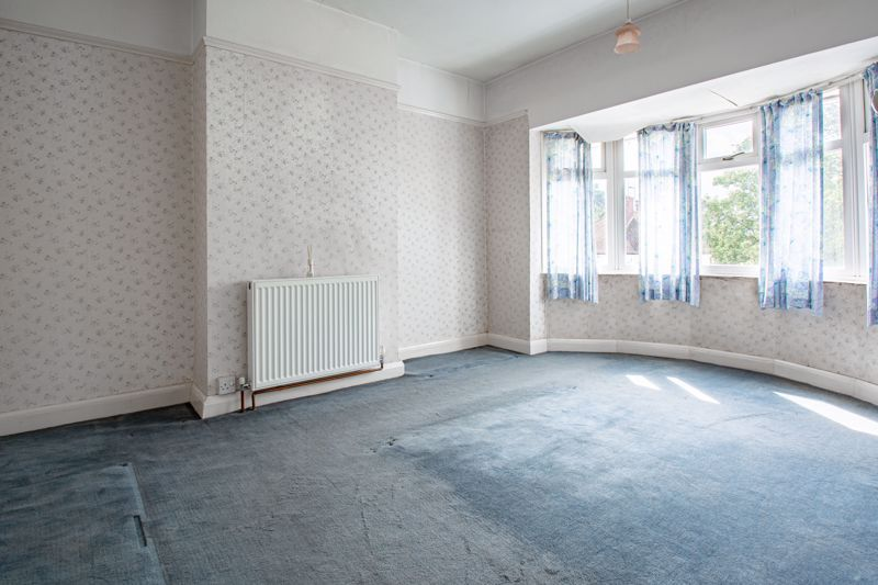 3 bed house for sale in Park Road West 7