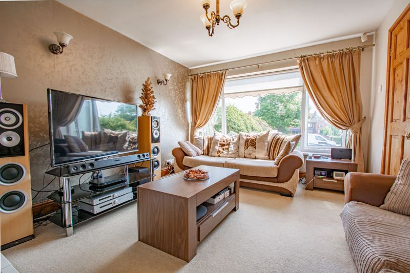 3 bed house for sale in Hillside Drive  - Property Image 2
