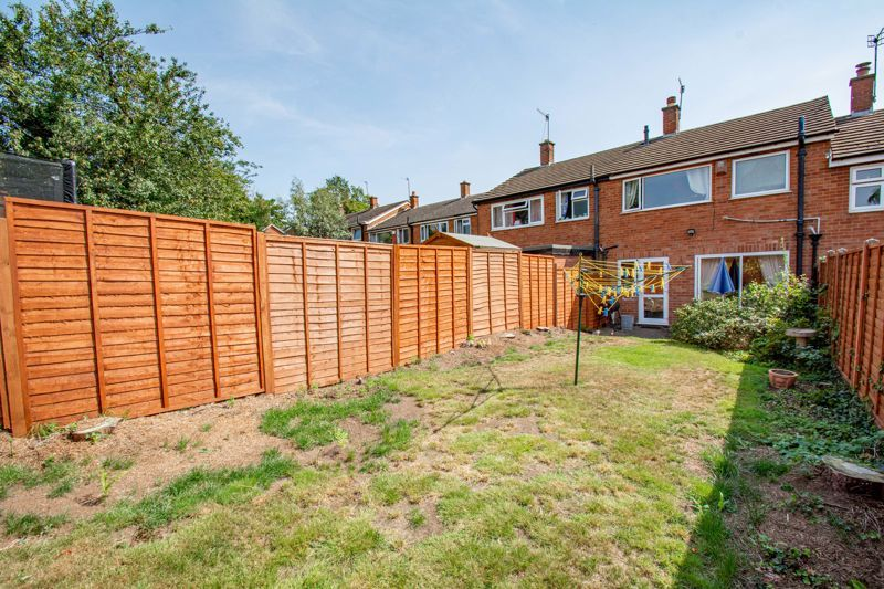 3 bed house for sale in Hillside Drive 14