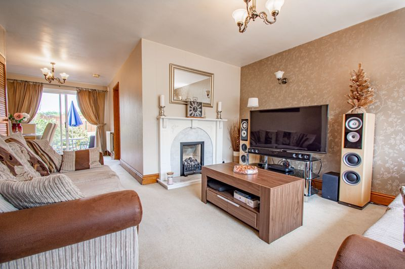 3 bed house for sale in Hillside Drive 3