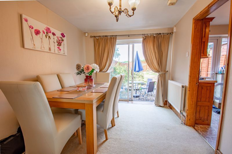 3 bed house for sale in Hillside Drive 4