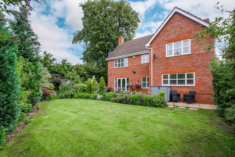 5 bed house for sale in Green Bower Drive  - Property Image 13