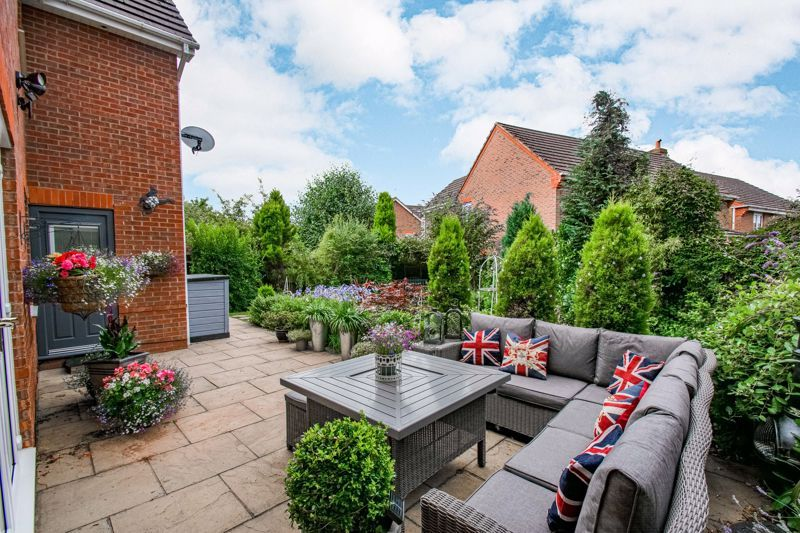5 bed house for sale in Green Bower Drive  - Property Image 14