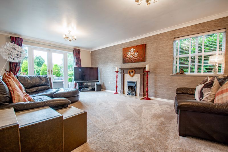 5 bed house for sale in Green Bower Drive 3