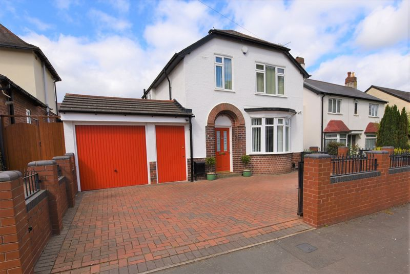 3 bed house for sale in Douglas Road - Property Image 1