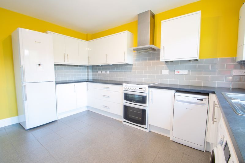 3 bed house for sale in Douglas Road 6