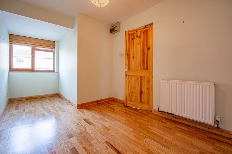 4 bed house for sale in Pennine Road 7