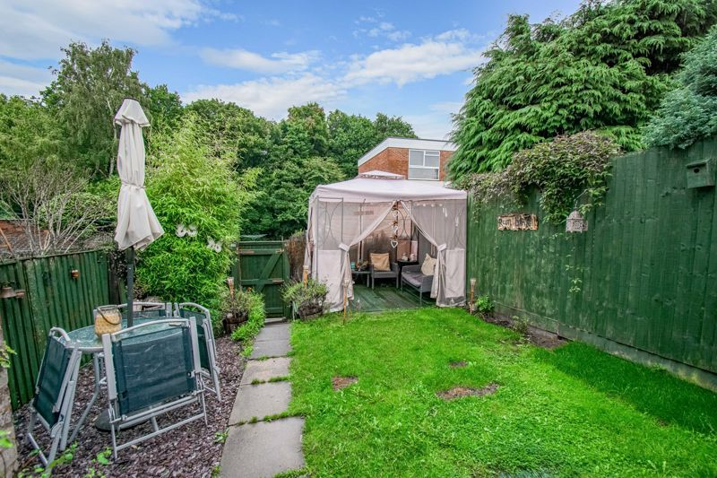 3 bed house for sale in Woodend Close 14