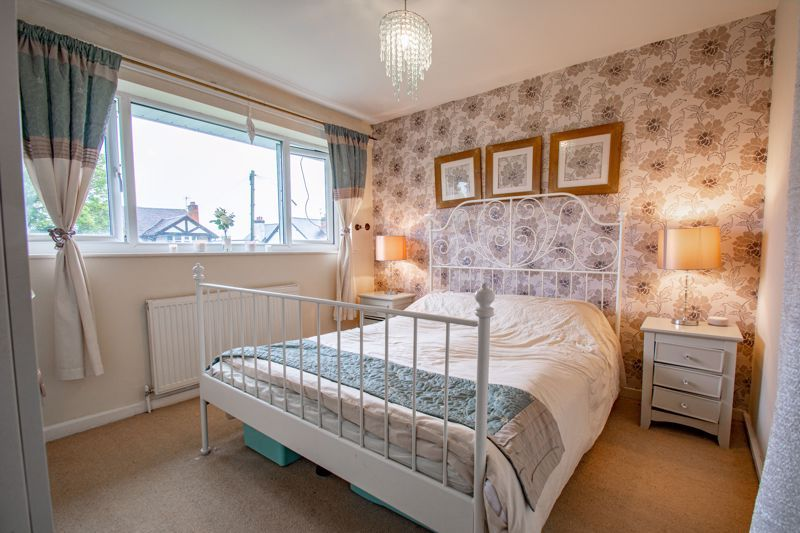 3 bed house for sale in Woodend Close 3