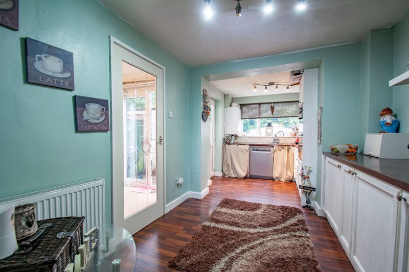 3 bed house for sale in Woodend Close 6