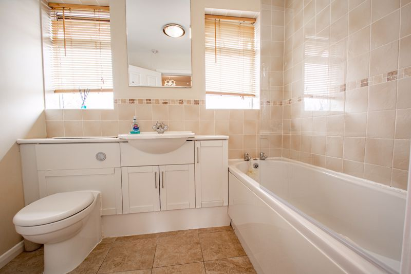 3 bed house for sale in Byland Close 7
