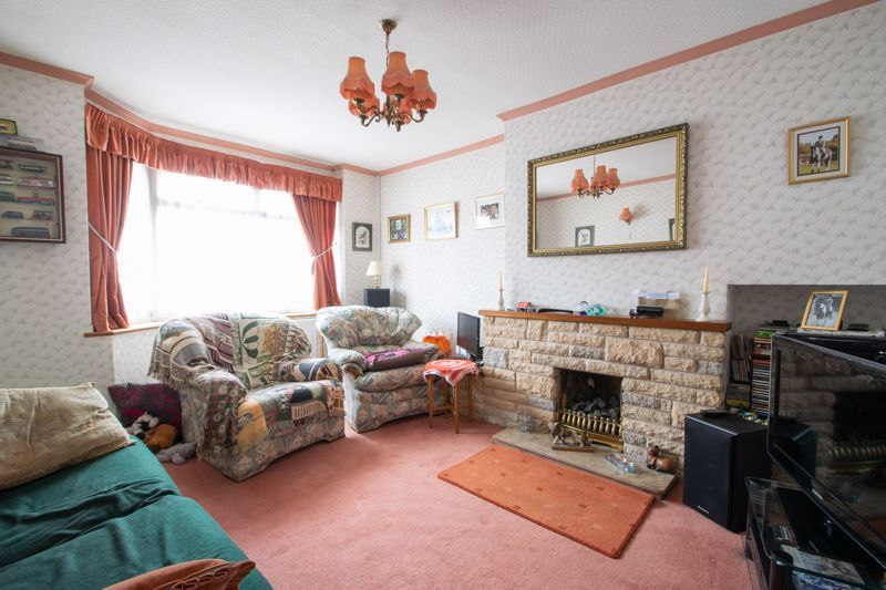 3 bed house for sale in Whittingham Road 2