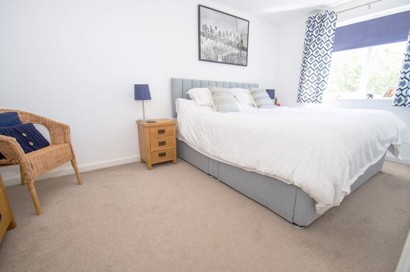 3 bed house for sale in Kingcup Close  - Property Image 7