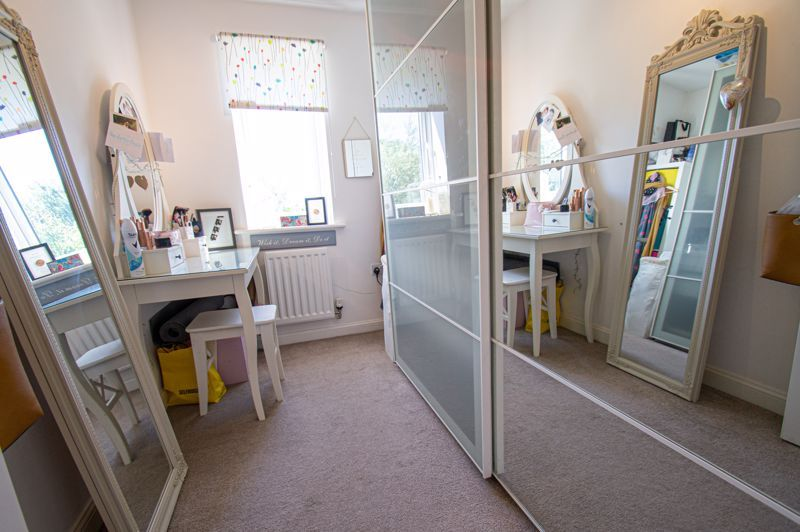 3 bed house for sale in Kingcup Close 8