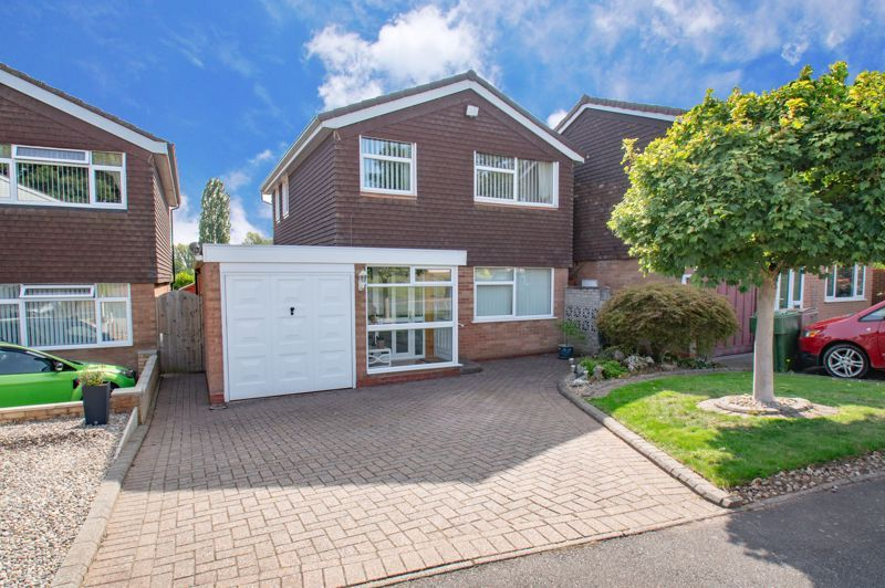 3 bed house for sale in Leadbetter Drive - Property Image 1