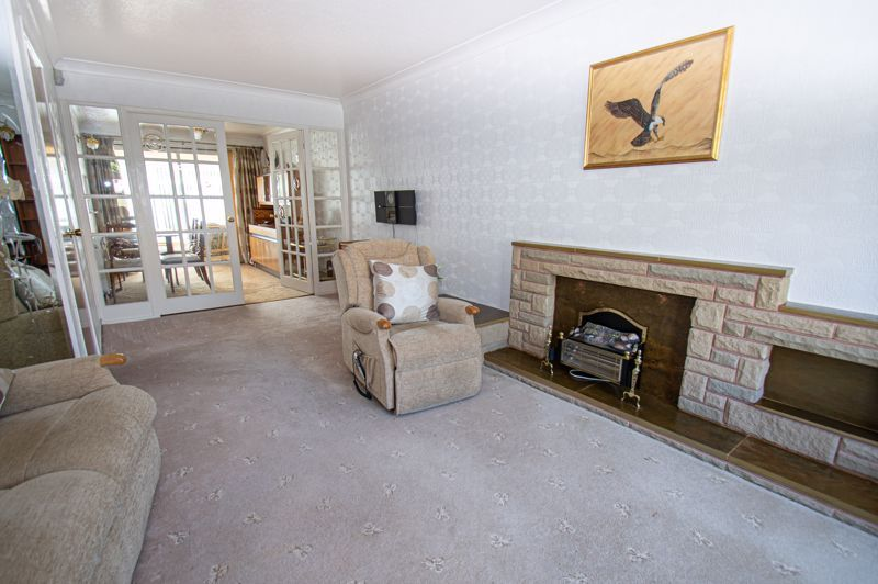 3 bed house for sale in Leadbetter Drive 3