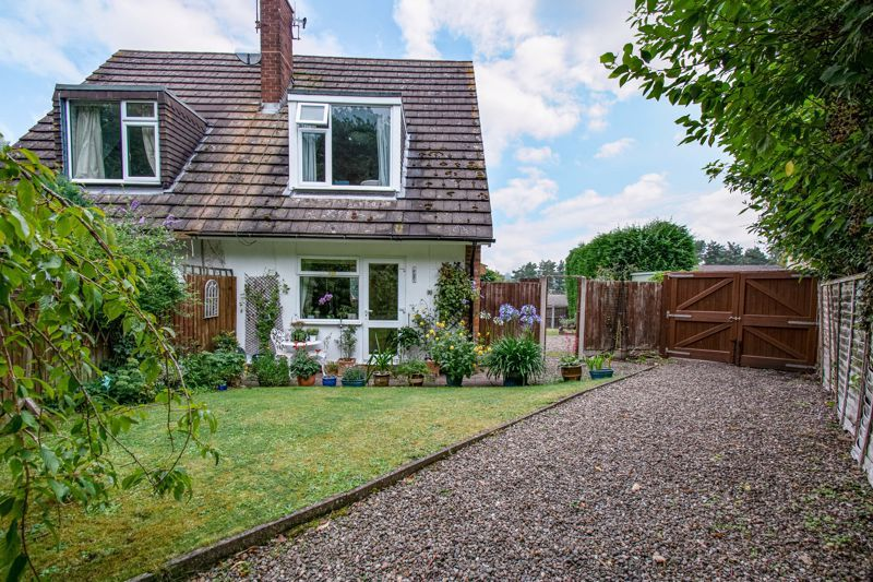 2 bed house for sale in Finstall Road 12