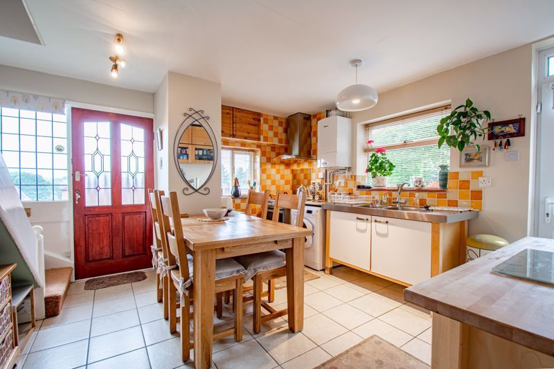 2 bed house for sale in Finstall Road  - Property Image 4