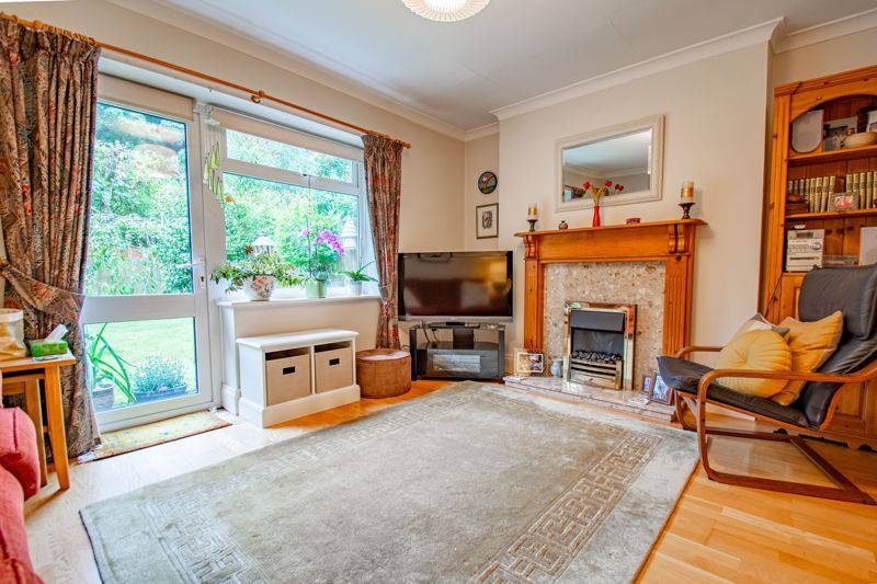 2 bed house for sale in Finstall Road 6
