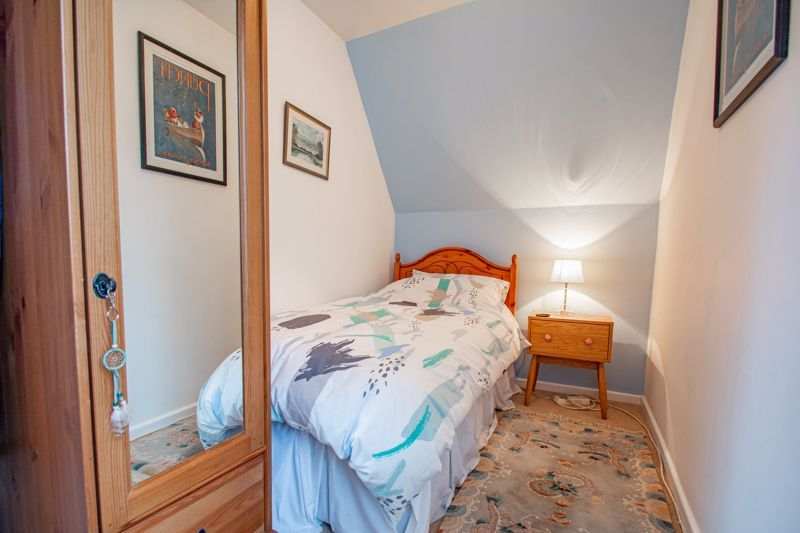 2 bed house for sale in Finstall Road 10