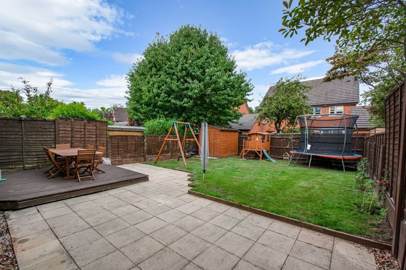 4 bed house for sale in Papworth Drive  - Property Image 13