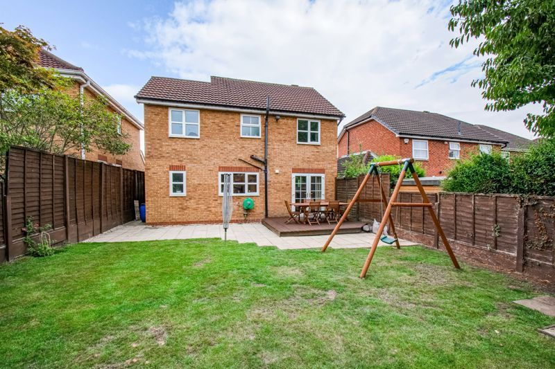 4 bed house for sale in Papworth Drive  - Property Image 14