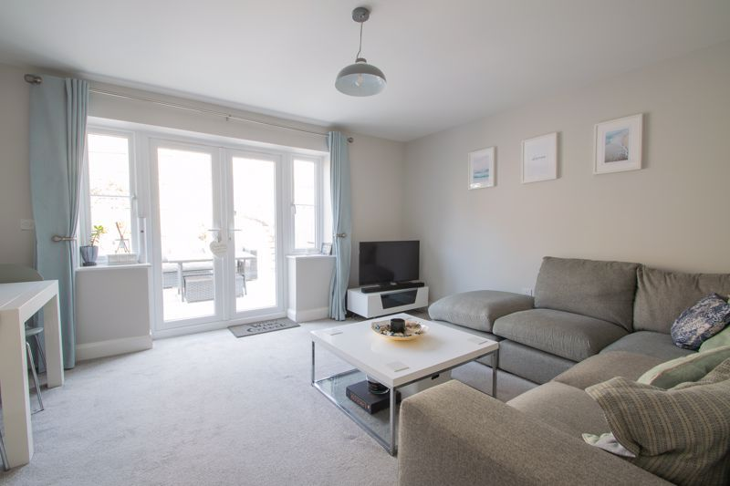 3 bed house for sale in Bottle Kiln Rise  - Property Image 2