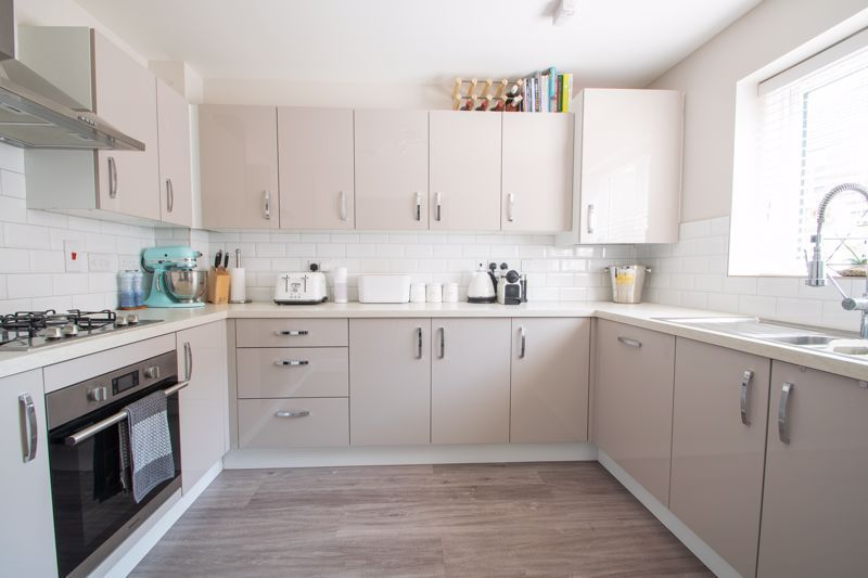 3 bed house for sale in Bottle Kiln Rise 4