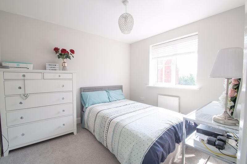3 bed house for sale in Bottle Kiln Rise 8