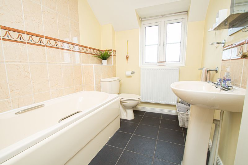 3 bed house for sale in Holly Court 12