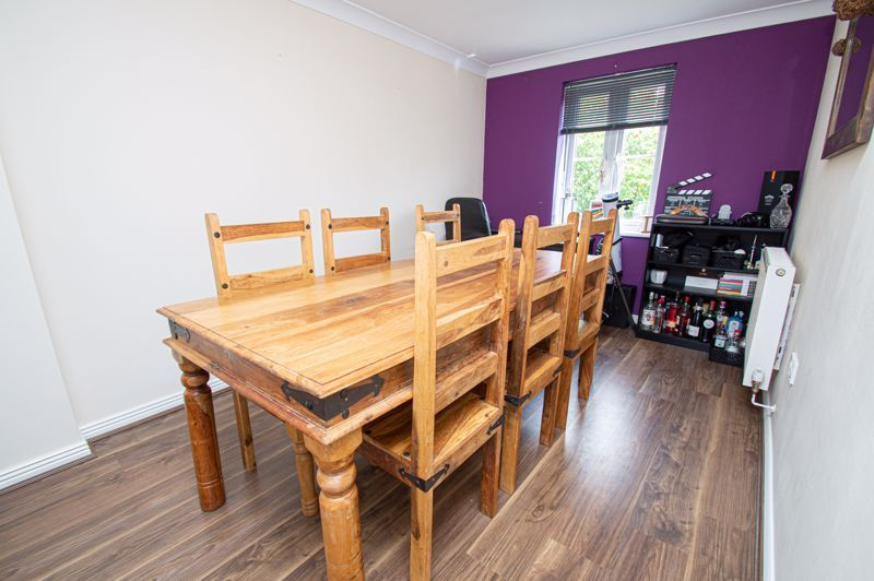 3 bed house for sale in Holly Court 5