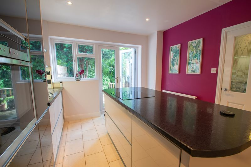 3 bed house for sale in Butchers Lane 8