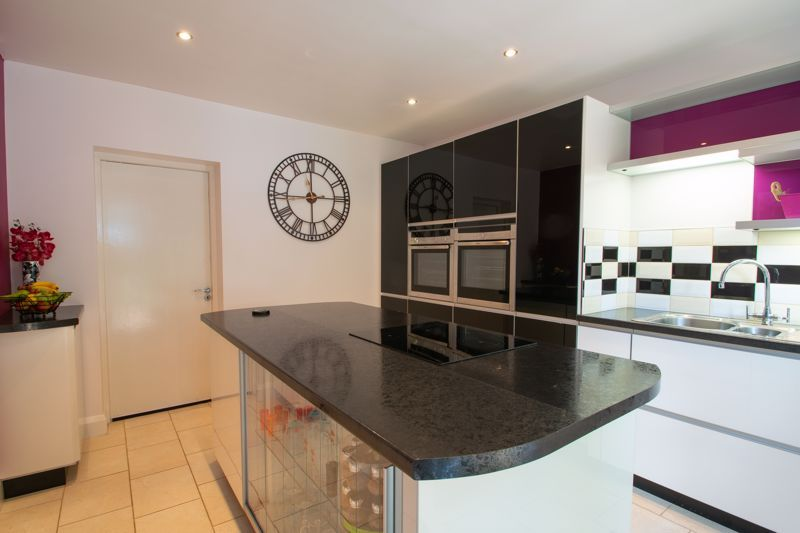 3 bed house for sale in Butchers Lane 9