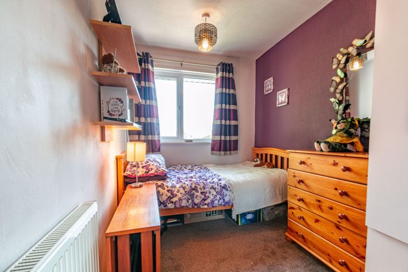 3 bed house for sale in Barford Close 11