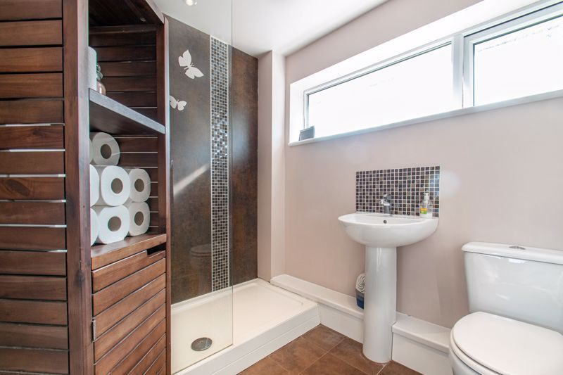 3 bed house for sale in Barford Close 12